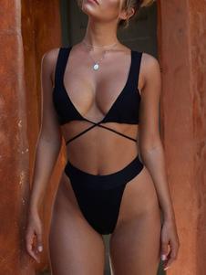 Costume da bagno bikini a fascia alta con taglio largo e bikini
